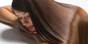 Beauty 3991 300x152 - عکس با کیفیت خانم باموهایی زیبا برای سالن های آرایشی