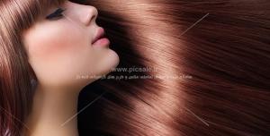 عکس با کیفیت زن با موهای براق و صاف