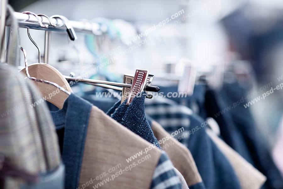 عکس با کیفیت نمای نزدیک از رگال لباس مردانه دارای پیراهن و جلد ویژه استفاده در امور تبلیغاتی و تجاری طراحی کاتالوگ ، بروشور و تراکت با موضوع فروشگاه لباس مردانه ، فروش ویژه لباس مردانه و فروش فصل یا دارای تخفیف