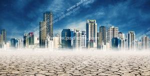 عکس با کیفیت شهر مدرن در بیابان خشک و زمین ترک خورده با آسمان ابری و طوفانی
