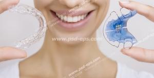 عکس با کیفیت تبلیغ ریتینر و ریتینر اسیکس یا نگهدارنده دندان پس از اتمام دوره ارتودنسی