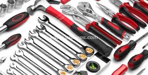 عکس با کیفیت نمای نزدیک از ابزارآلات با دسته های قرمز و مشکی مورد استفاده تکنسین ها ، تعمیرکاران و مهندسین برق و مکانیک