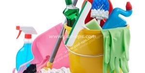 عکس با کیفیت لوازم شوینده مانند تی ، فرچه ، دستکش ، سطل و جارو و خاک انداز به همراه مواد شوینده