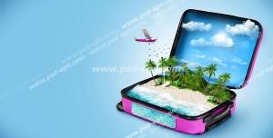 عکس با کیفیت تصویری فانتزی از چمدانی حاوی جزیره ای با دریا و آسمان آبی و هواپیمایی در حال پرواز به سمت جزیره