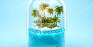 عکس با کیفیت فانتزی از جزیره ای کوچک با نخل های سر به فلک کشیده و قسمتی از اعماق دریا با ماهی ها و مرجان ها قرار گرفته در بطری شیشه ای با زمینه آبی روشن