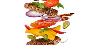 عکس با کیفیت ساندویچ همبرگر با مخلفات گوجه فرنگی و پیاز و خیارشور و کاهو و پنیر با زمینه سفید