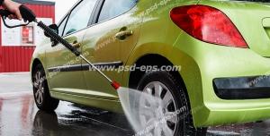 عکس با کیفیت شستشوی خودرو و کارواش ماشین سبز رنگ پژو 206 صندوق دار