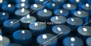 عکس با کیفیت نمای نزدیک از شمع های آبی رنگ فانتزی و معطر وارمر