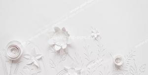 عکس با کیفیت کاغذ دیواری سه بعدی یا طرح بین کاغذ دیواری با شکل انواع گل های کاغذی و سفید برجسته