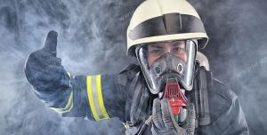 عکس با کیفیت تبلیغاتی آتش نشان و ماموریت موفقیت