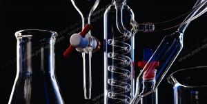 عکس با کیفیت تبلیغاتی لوازم آزمایشگاهی از جمله ارلن بشر لوله آزمایش