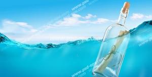 عکس با کیفیت تبلیغات نامه در بطری و روی آب شناور