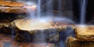 عکس با کیفیت تبلیغاتی آبشار بسیار زیبا