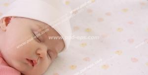 عکس با کیفیت تبلیغاتی کودک خوابیده