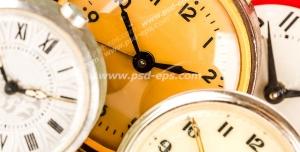 عکس با کیفیت تبلیغاتی پنج ساعت که روی هم قرار گرفته اند و ساعت ده و ده دقیقه را نشان می دهند