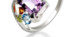 عکس با کیفیت تبلیغاتی انگشتر جواهر با سنگ های رنگی