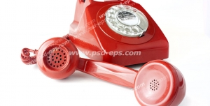 عکس با کیفیت تلفن قرمز رنگ قدیمی با شماره گیر دایره ای دستی