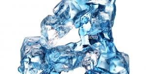 عکس با کیفیت تبلیغات عدد چهار به شکل یخ های آب شده