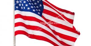 عکس با کیفیت تبلیغاتی پرچم کشور آمریکا با پایه پرچم سفید در حال تکان خوردن در باد
