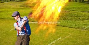 عکس با کیفیت تبلیغاتی توپ گلف آتشین پرتاب شده به سمت بالا