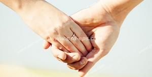 عکس با کیفیت تبلیغاتی دستان عروس و داماد