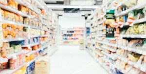 عکس با کیفیت تبلیغاتی قفسه های خوراکی در هایپر مارکت و فروشگاه
