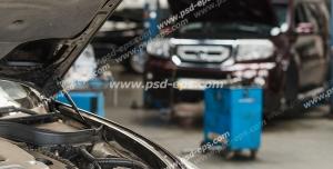 عکس با کیفیت تبلیغاتی ماشین ها در تعمیرگاه و ماشین با کاپوت باز