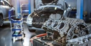 عکس با کیفیت تبلیغاتی دستگاه صنعتی در تعمیرگاه ماشین