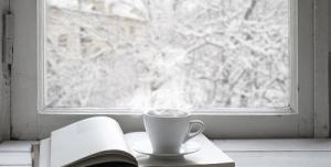 پس زمینه زمستانی چای کتاب